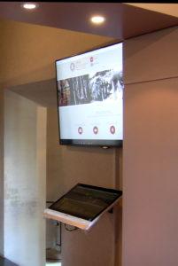 museo villafrnaca touchscreen